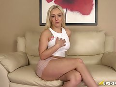 Juggy blonde Amber Deen shows off her yummy anus and tasty looking pussy