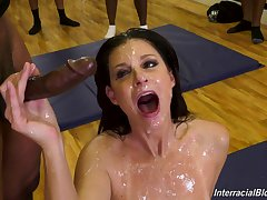 wild premiere danseuse India Summer adores gangbang in excess of anything else