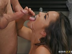 After she masturbates on be transferred to couch Alina Lopez is ready be advisable for sensual fuck