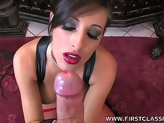 Kinky well-endowed Caucasian MILF Kortney Kane is so horny about sucking dick