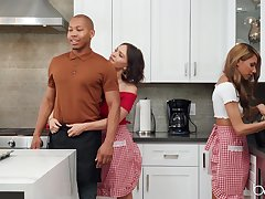 Krissy Lynn gets fucked by friends in a triumvirate while she moans