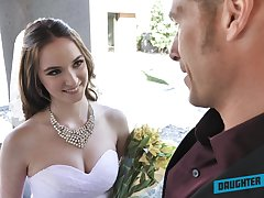 Depraved bride Jazmin Luv competes round unselfish a proper solid blowjob