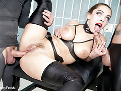 Liza Del Sierra & Twerp Snakes & Seb Cam in Strung out and latent - Fetish Prison Threeway - KINK