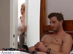 Dude gets caught fapping relating to his room away from his smoking hot stepmom
