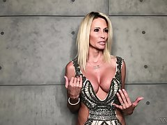 Going to bed hot porn actress Jessica Drake gives an interview
