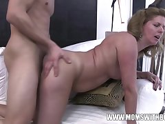 Amateurs Mom Comes Home To Stepson Spastic To Porn