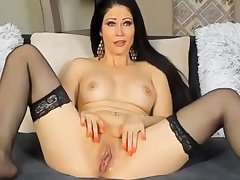 Camwhore Spanks Her Pussy For The Arch Seniority I