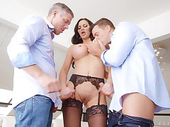 Hardcore MMF threesome with double vividness for Jasmine Jae