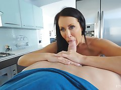 Excellent nude porn in the kitchen with the hot grown-up stepmom