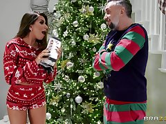 Ill at ease beauty receives a tasty Christmas surprise right close by will not hear of cunt