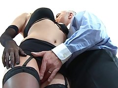 Itchy blonde gets laid in pipedream scenes with an doyen leading lady