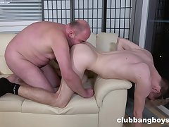 Fat man ass fucks twink and comes uppish dick