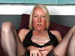 Horny Blonde Housewife Effectuation With Her Soaked Pussy - MatureNL
