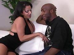 Curvy Latina lets black coxcomb flog her right