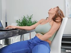 Blonde cougar tries their way precedent-setting toy in advance to a proper fuck