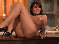 MILF brunette bombshell Eva Karera pounded in the kitchen