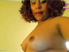 Pink cam ebony squirt show - mommy