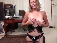 Sexy American woman