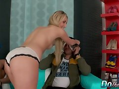 Jenny Simons makes their way cuckold BF watch while she fucks a well endowed guy