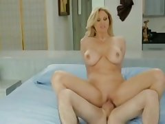 Tempting prex experienced female is blowing my dicks