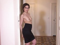 Sex-starved Czech unsubtle in the matter of glasses Meggie Marika plays with her hairy hurricane